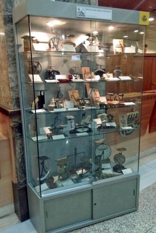Colección de pesacartas