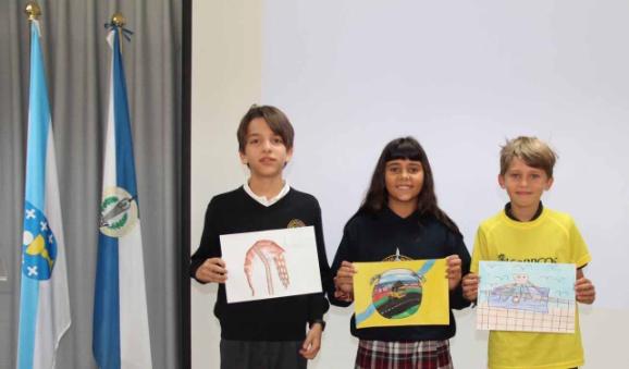 """Ganadores concurso de dibujo """"El mundo de los sellos""""."""