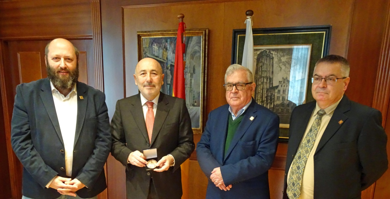 José Luis Rey, el Delegado del Gobierno Javier Losada, José Manuel Barreiro y Antonio Lojo