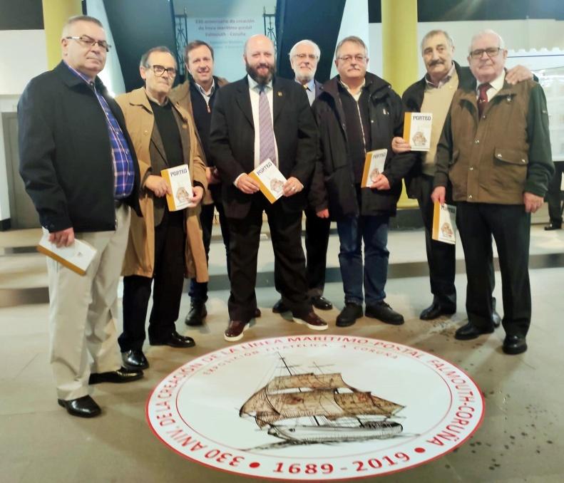 Miembros de la Junta Directiva de la Sociedad Filatélica